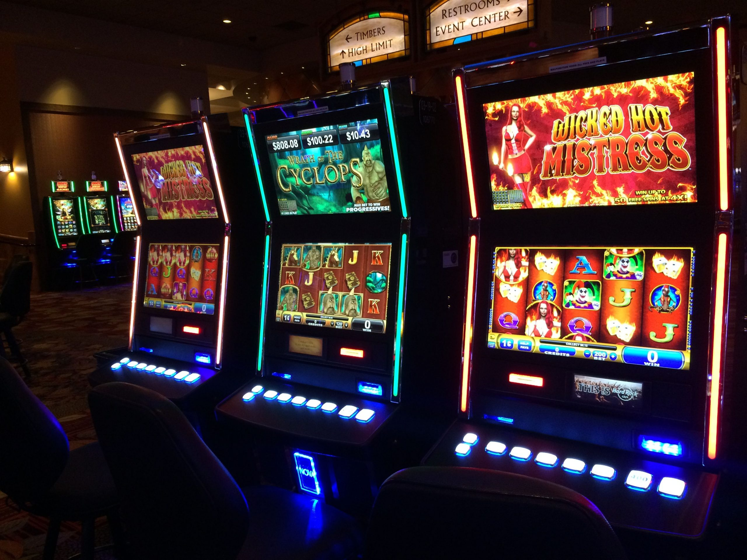 What are Some Lesser Known Facts About Slot Machines?