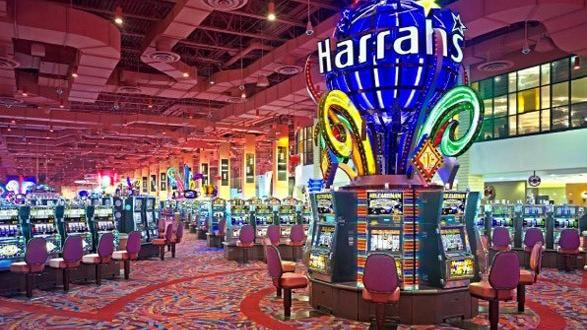 Why Go To Vegas for playing casino games and gambling