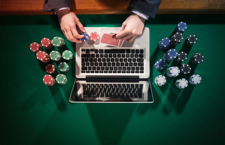 Online Poker Tips Live