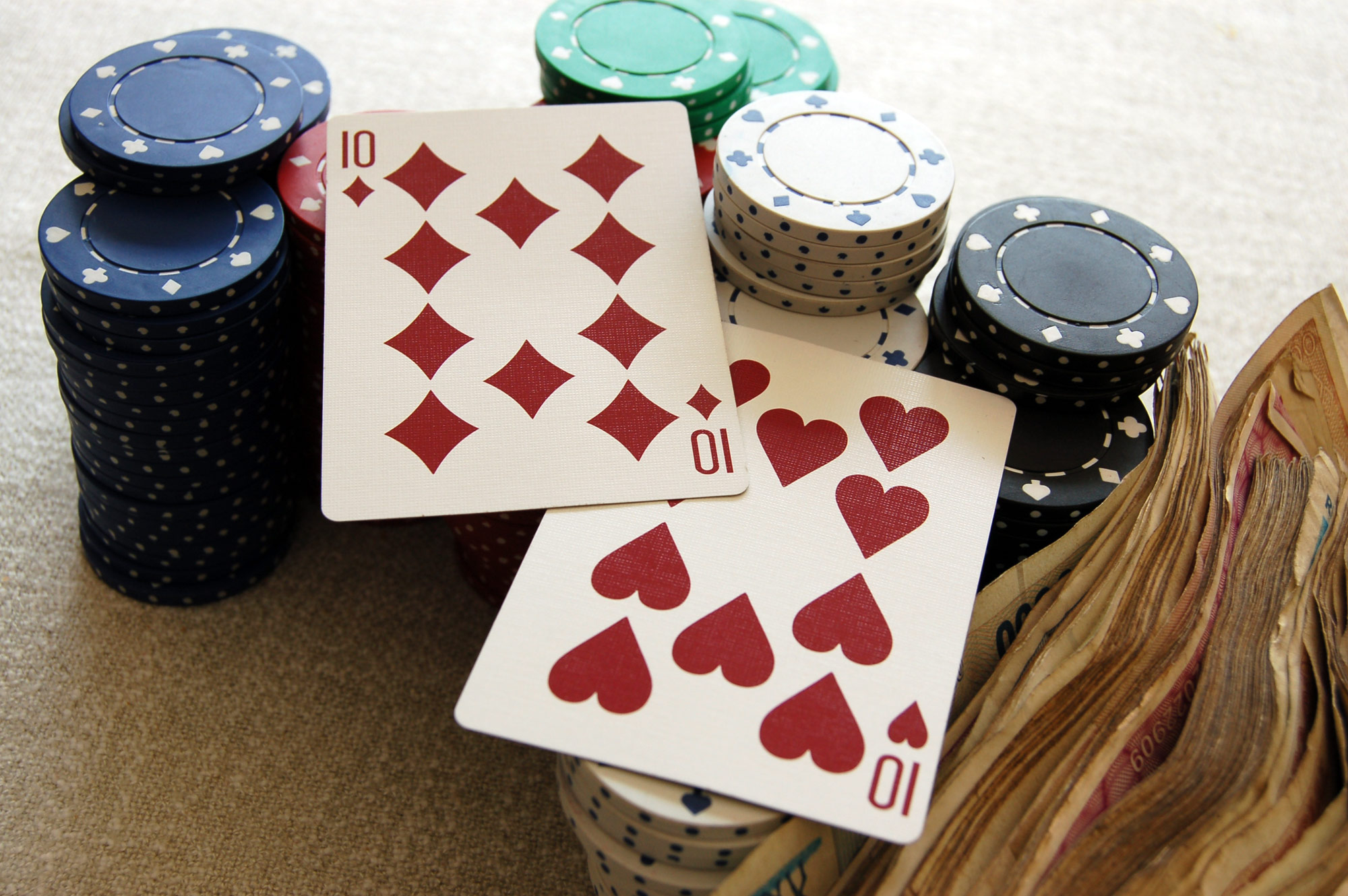 Texas Holdem Minimum Stacking – Know About The Playing Methods